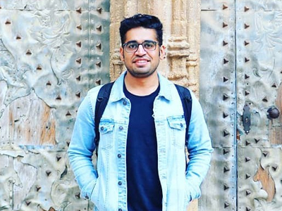 Digital nomad and entrepreneur from Pakistan