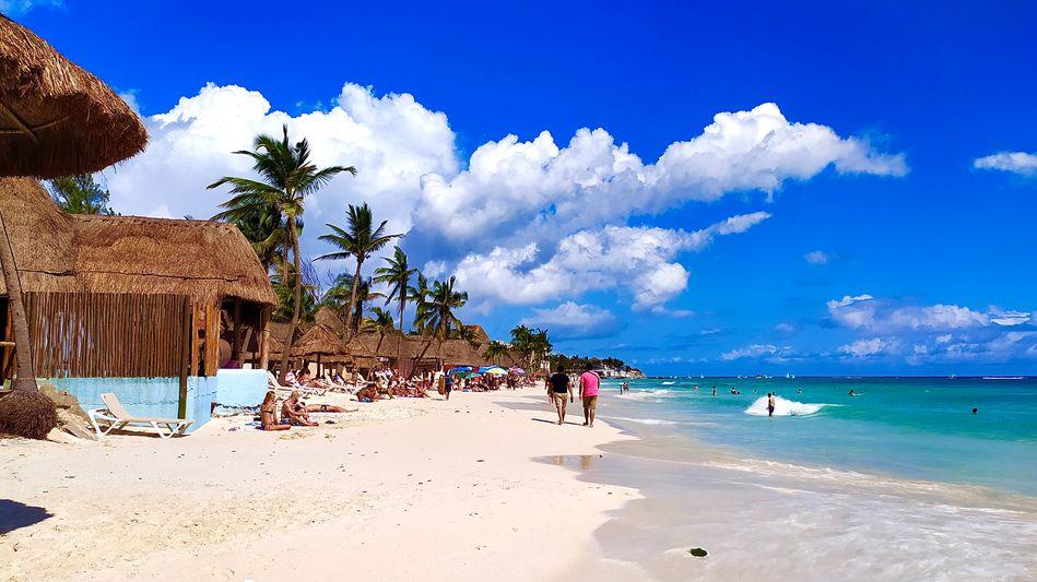remote-work-beach-trip