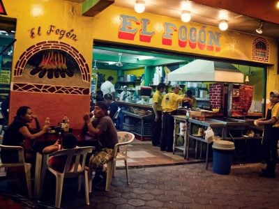 Playa 15 - Eat mexican food