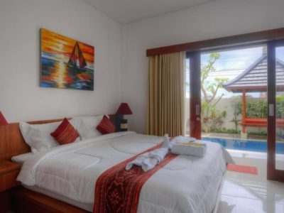 canggu_housing_room_pool