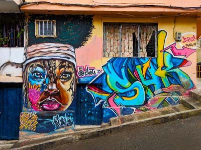 digital-nomad-medellin-graffiti