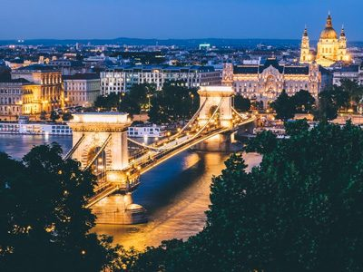 Night views of the historic bridge in Budapest, Hungary