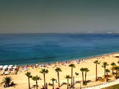 edem-beach-athens-housing-kitchen-example-digital-nomad-hacker-paradise