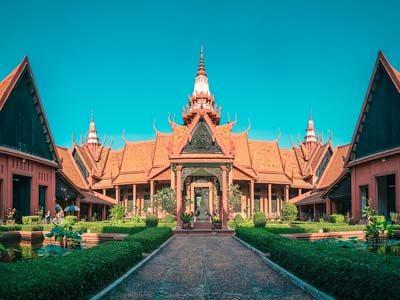 phnom-penh-museum-siem-reap-digital-nomad-hacker-paradise