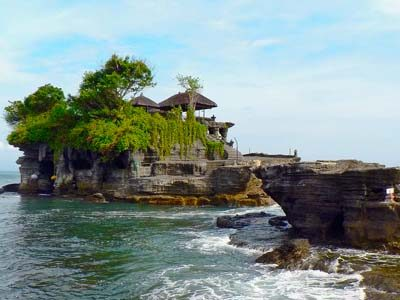 tanah-lot-bali-digital-nomad-hacker-paradise